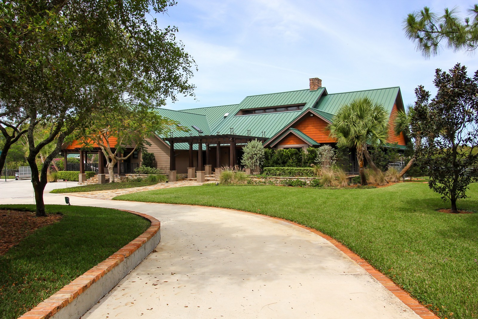 Real Estate Photography - 18300 SE Loxahatchee River Rd, Jupiter, FL, 33458 - Front View