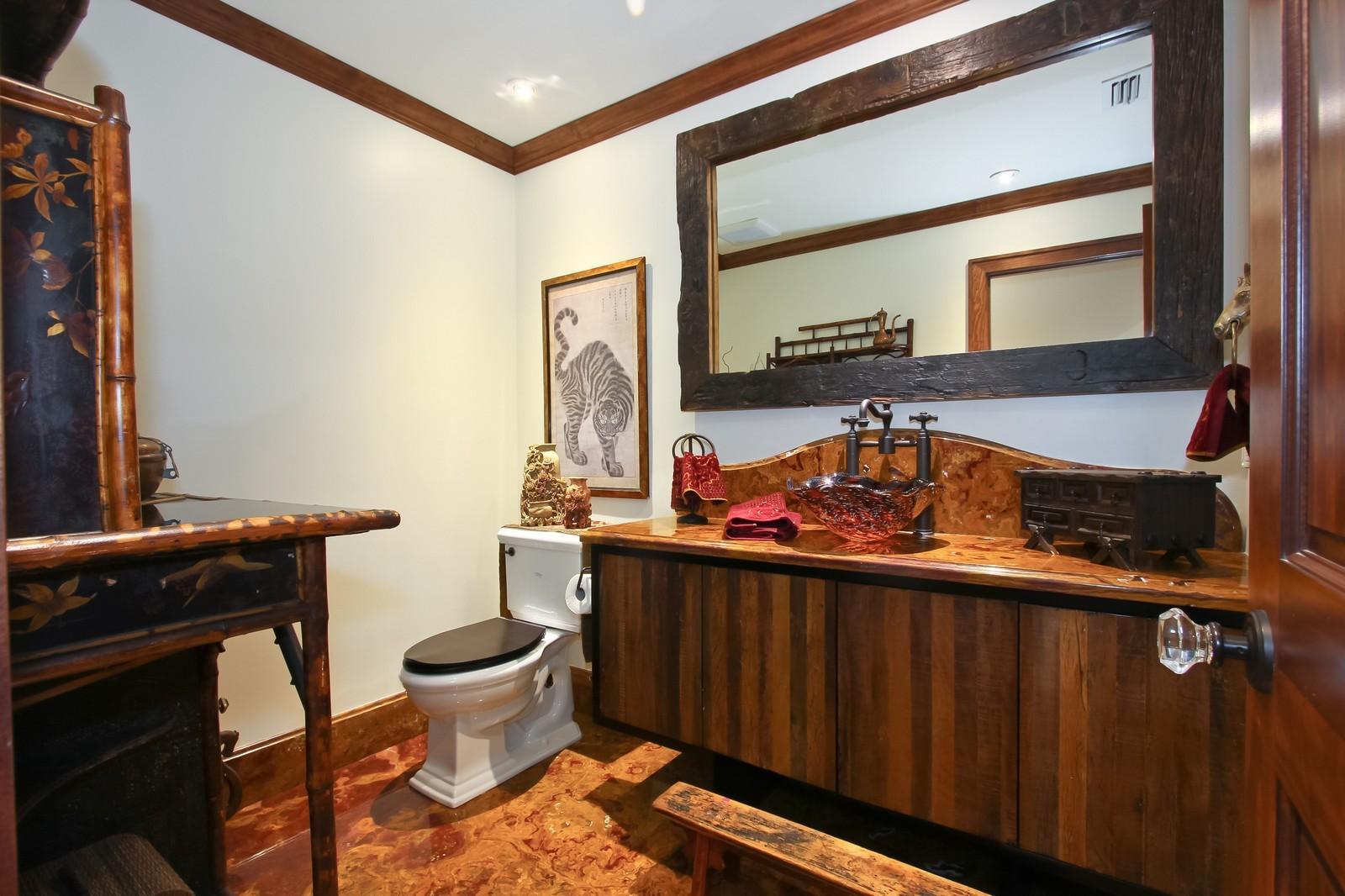 Real Estate Photography - 18300 SE Loxahatchee River Rd, Jupiter, FL, 33458 - Bathroom