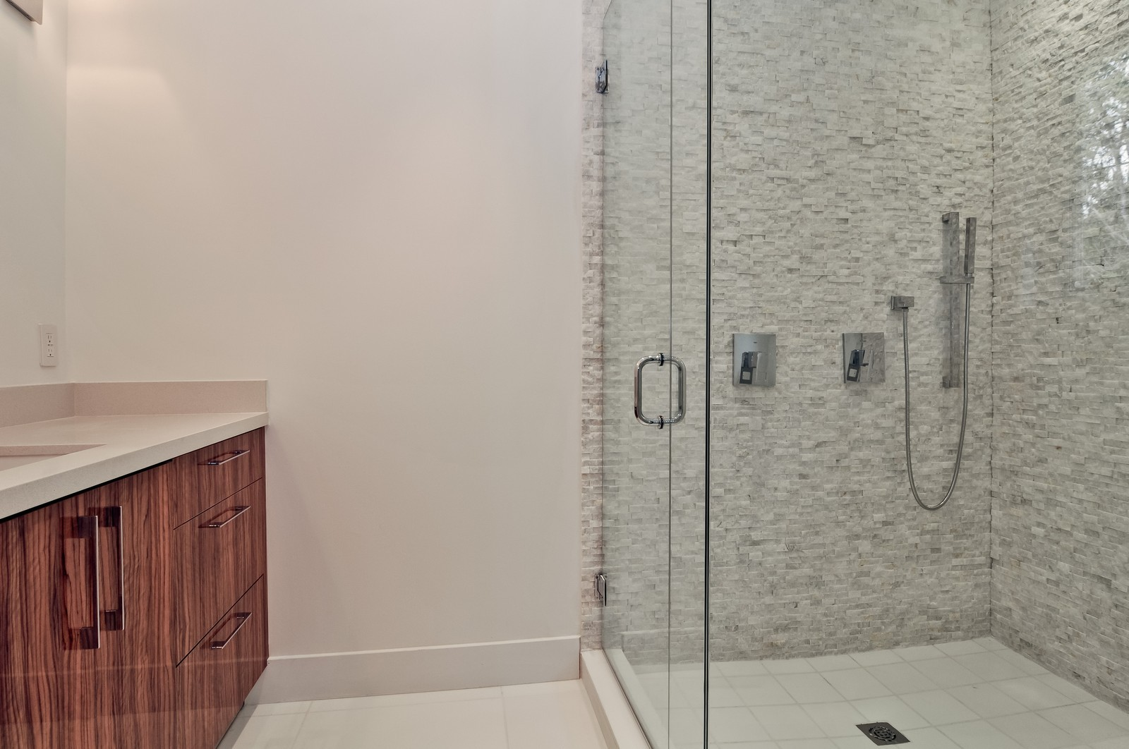 Real Estate Photography - 3645 Battersea, Miami, FL, 33133 - Master Bathroom