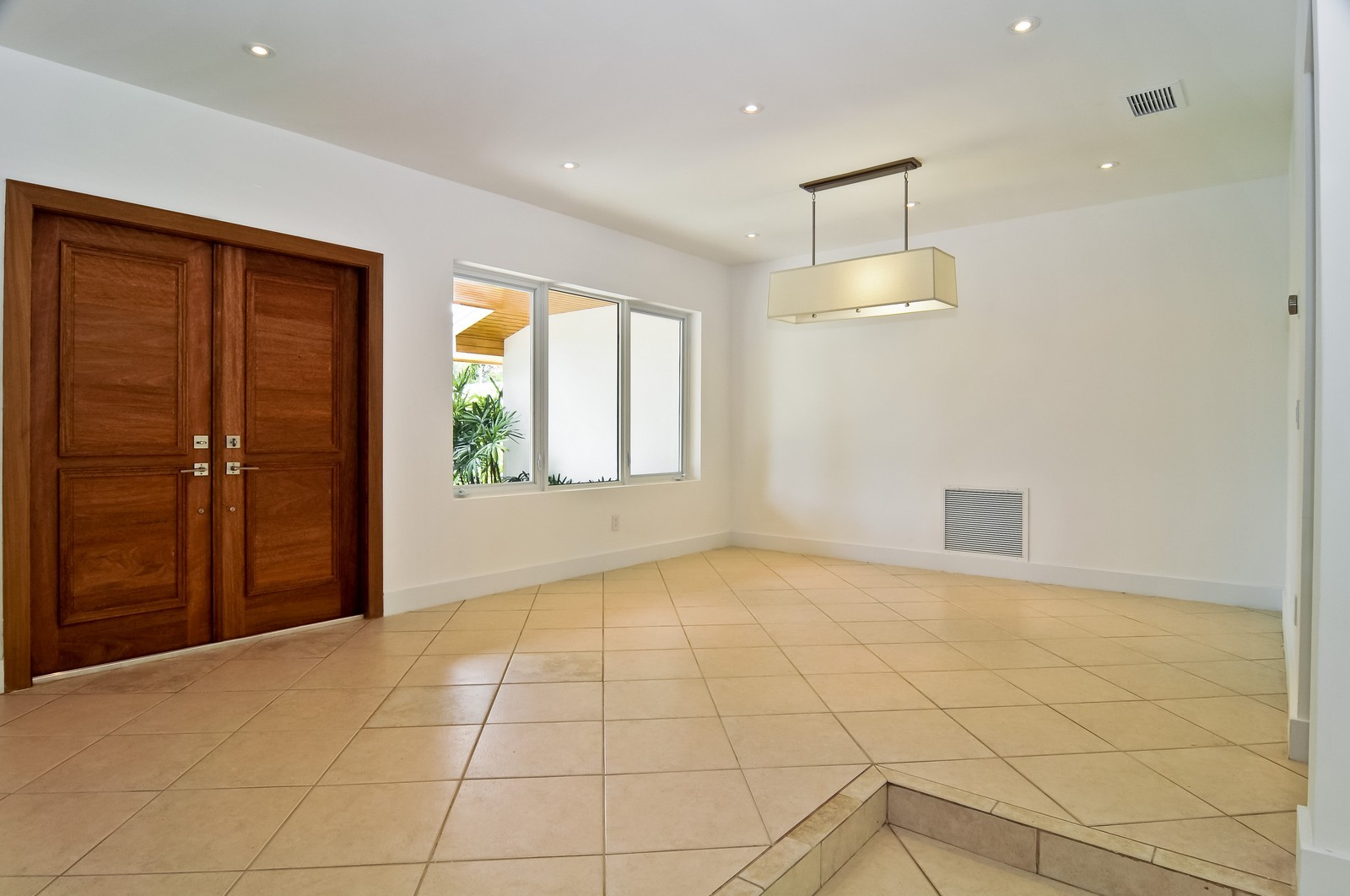Real Estate Photography - 3645 Battersea, Miami, FL, 33133 - Dining Room