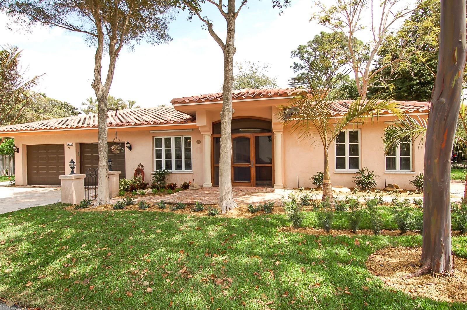 Real Estate Photography - 899 Azalea St, Boca Raton, FL, 33486 - Front View