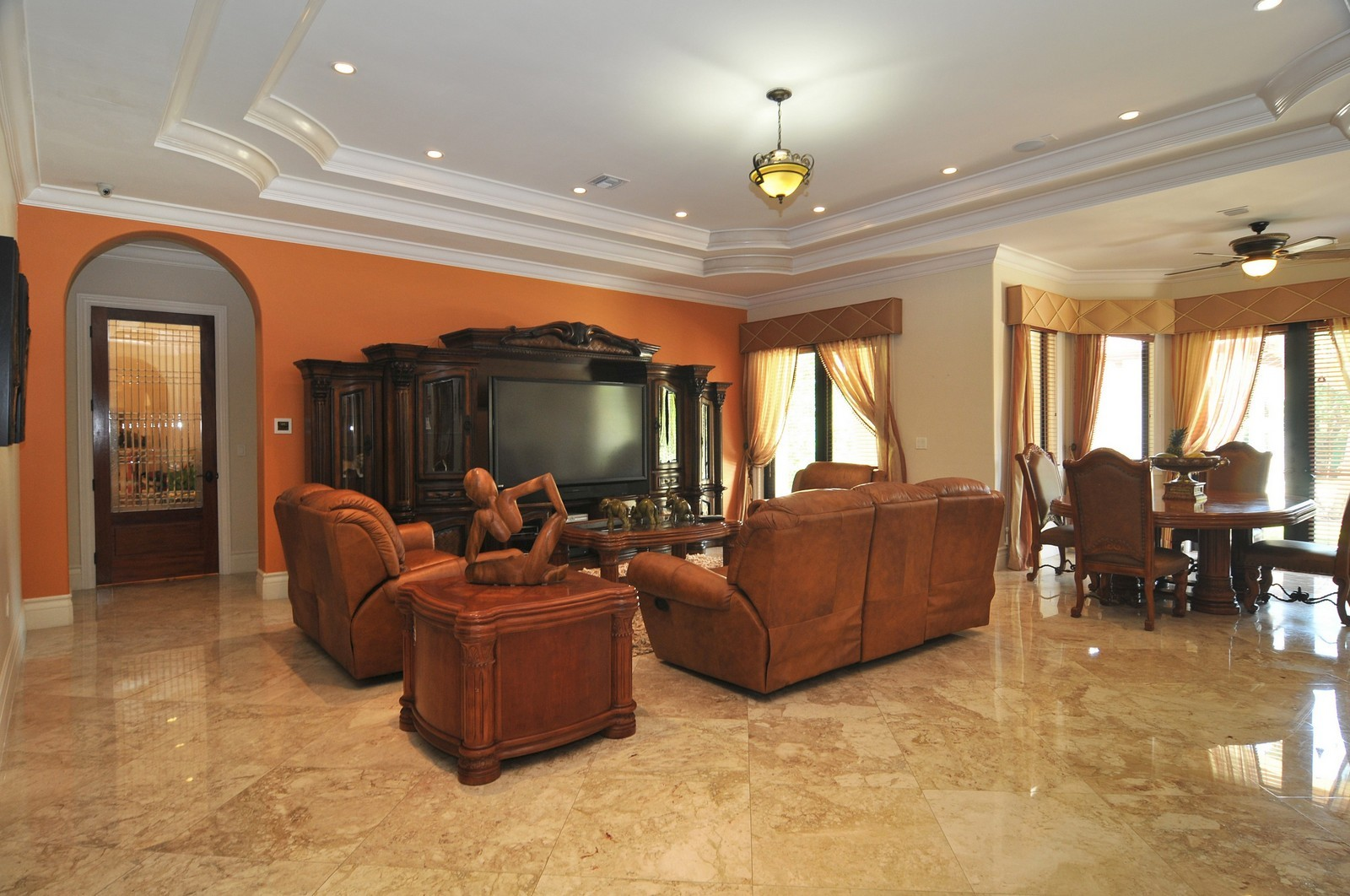 Real Estate Photography - 6270 SW 121st St, Pinecrest, FL, 33156 - Family Room