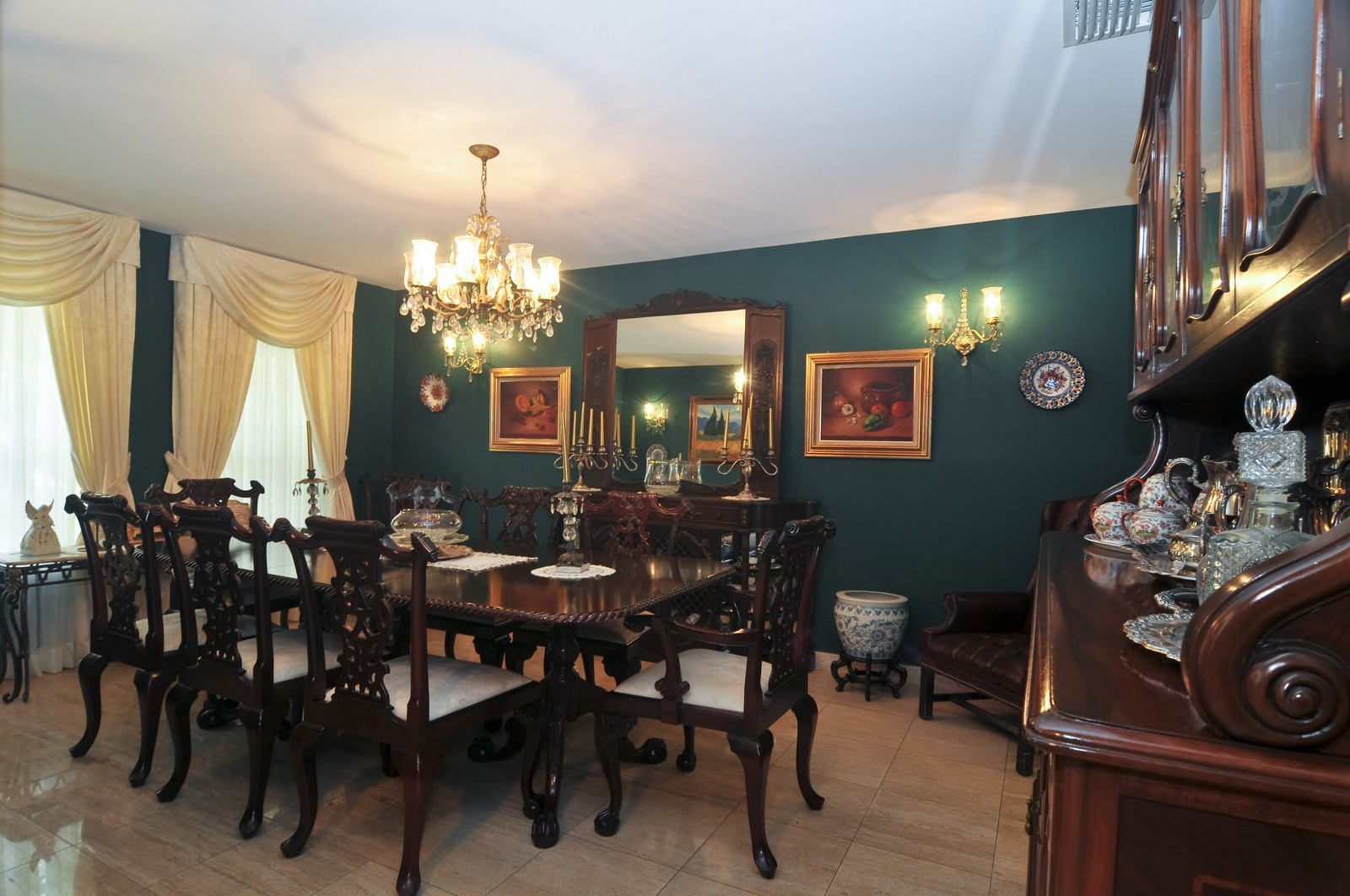 Real Estate Photography - 4011 Toledo, Coral Gables, FL, 33146 - Dining Room