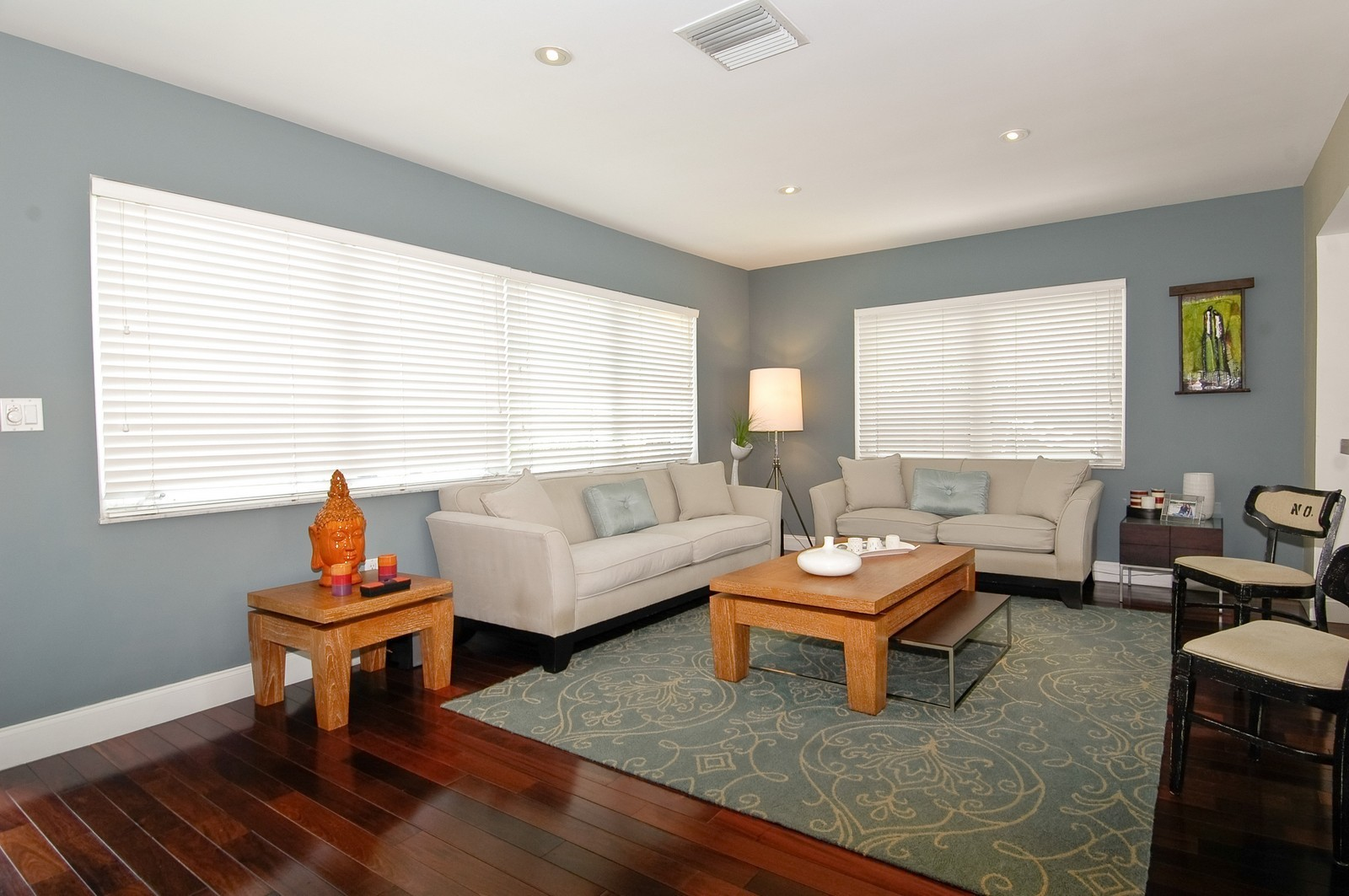Real Estate Photography - 1500 Cleveland Rd, Miami Beach, FL, 33141 - Living Room