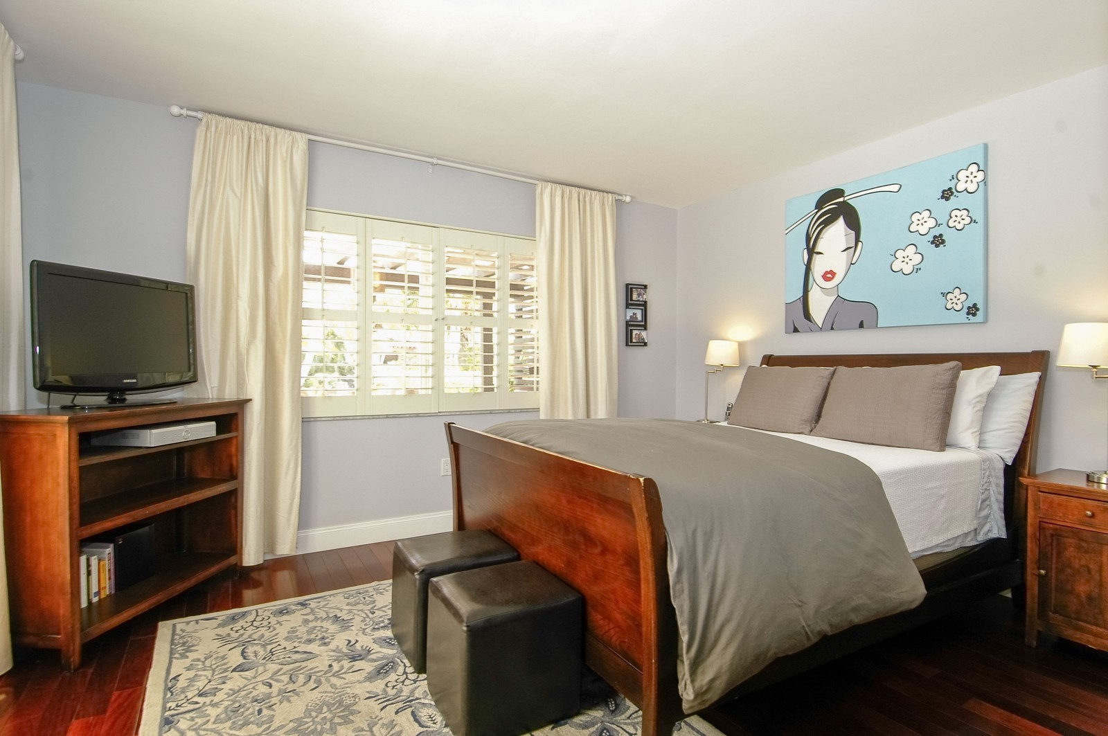 Real Estate Photography - 1500 Cleveland Rd, Miami Beach, FL, 33141 - Master Bedroom