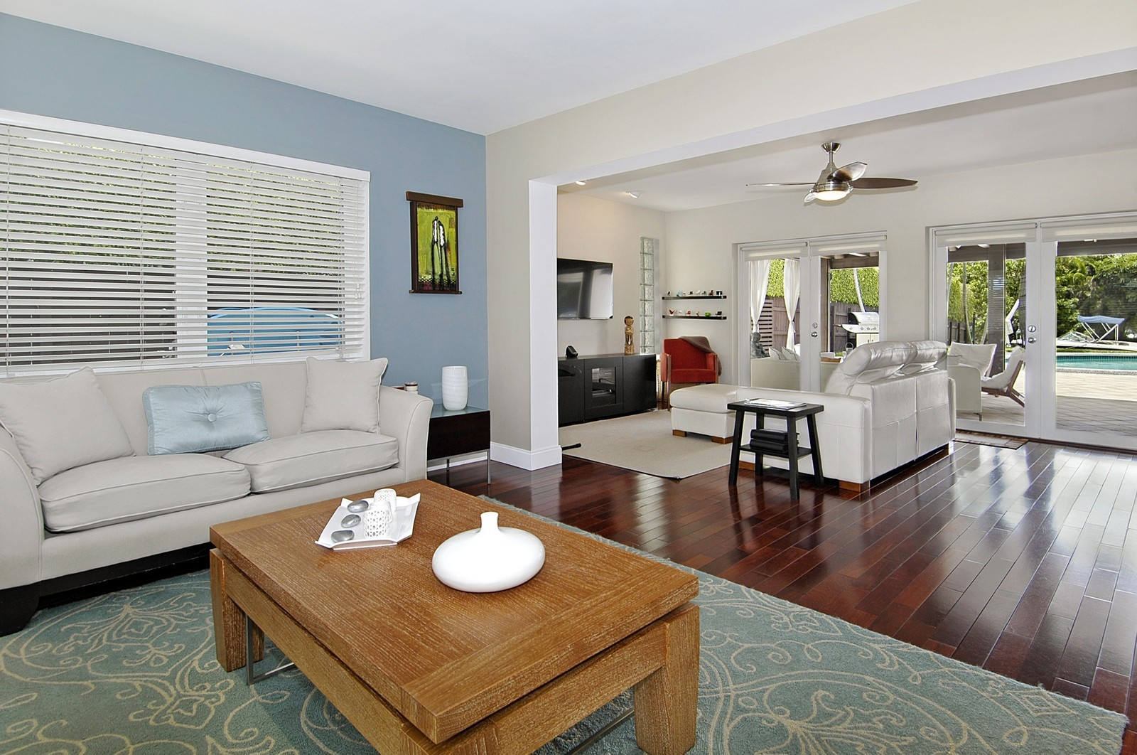 Real Estate Photography - 1500 Cleveland Rd, Miami Beach, FL, 33141 - Living Rm/Family Rm
