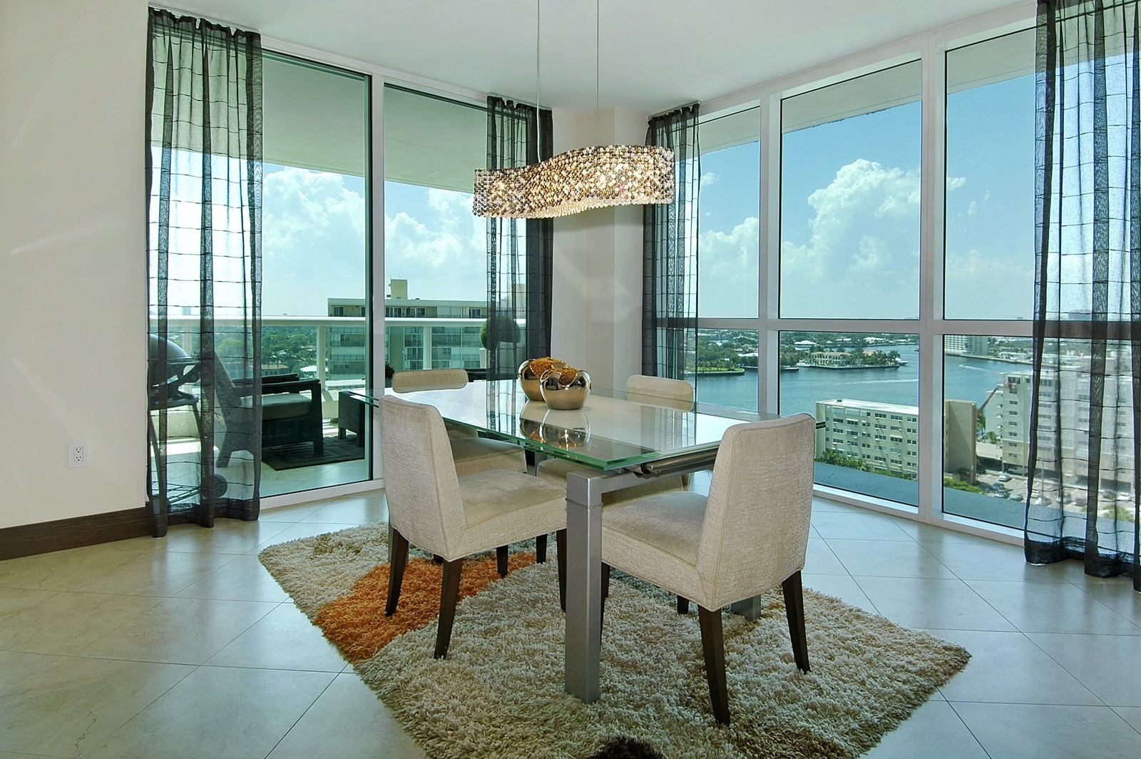 Real Estate Photography - 101 S Fort Lauderdale Beach Blvd, Unit 1506, Fort Lauderdale, FL, 33316 - Dining Room