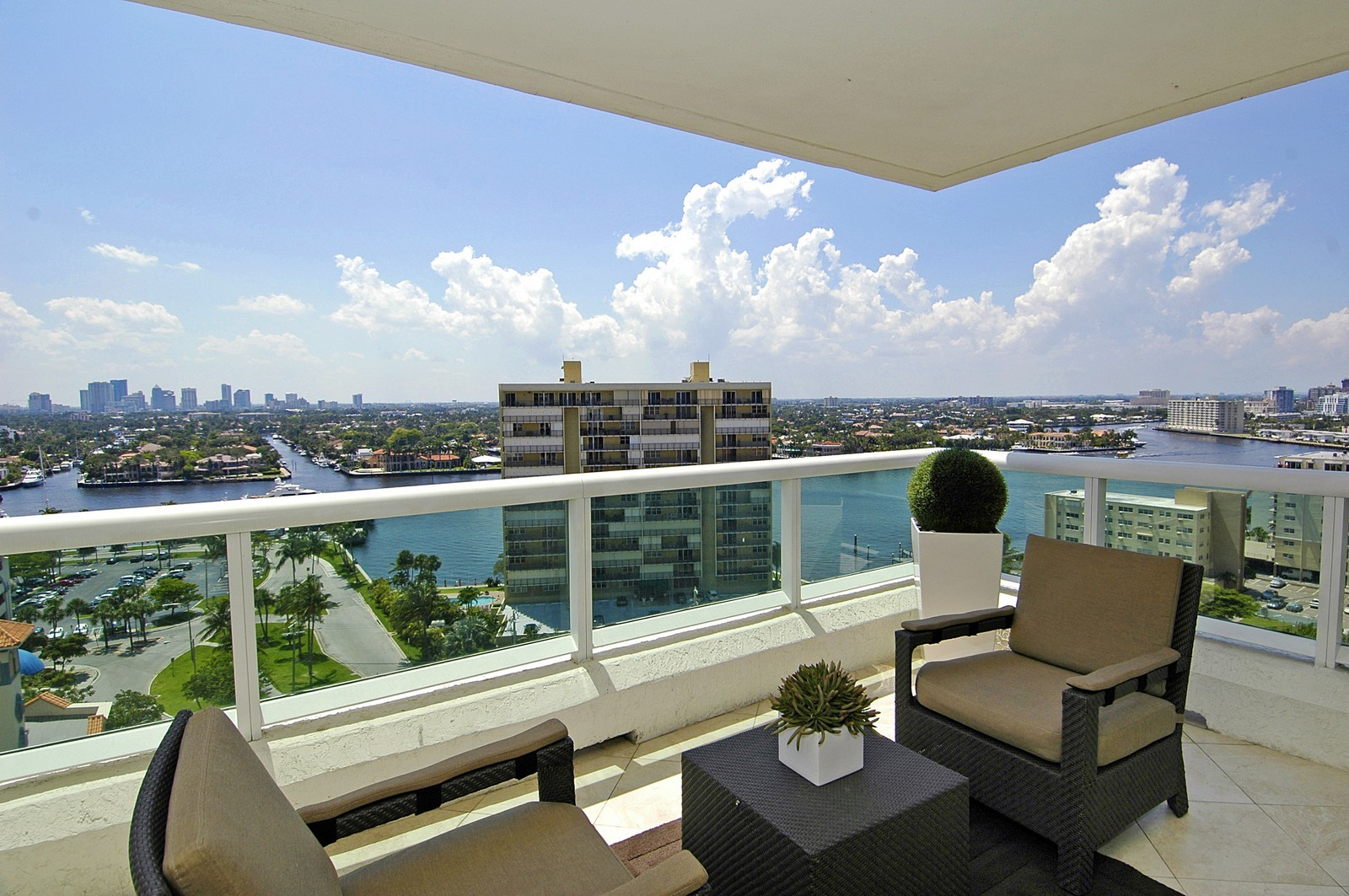 Real Estate Photography - 101 S Fort Lauderdale Beach Blvd, Unit 1506, Fort Lauderdale, FL, 33316 - Balcony