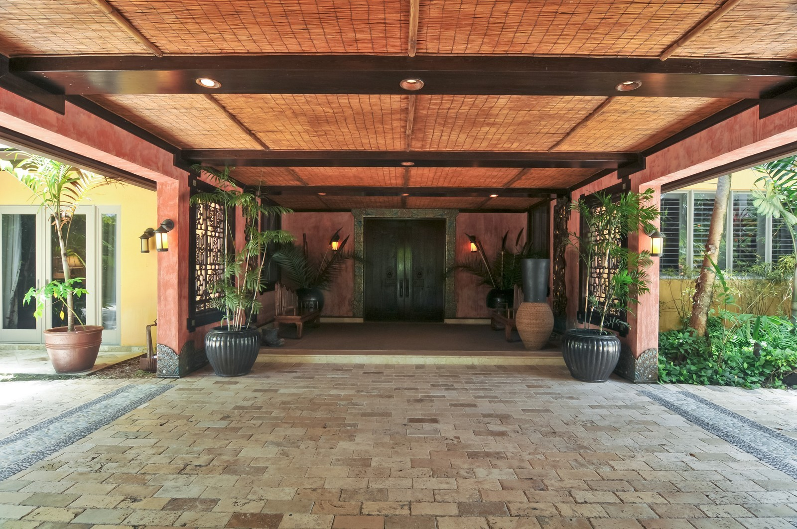 Real Estate Photography - 14200 Farmer Rd, Palmetto Bay, FL, 33158 - Porte-cochere entry