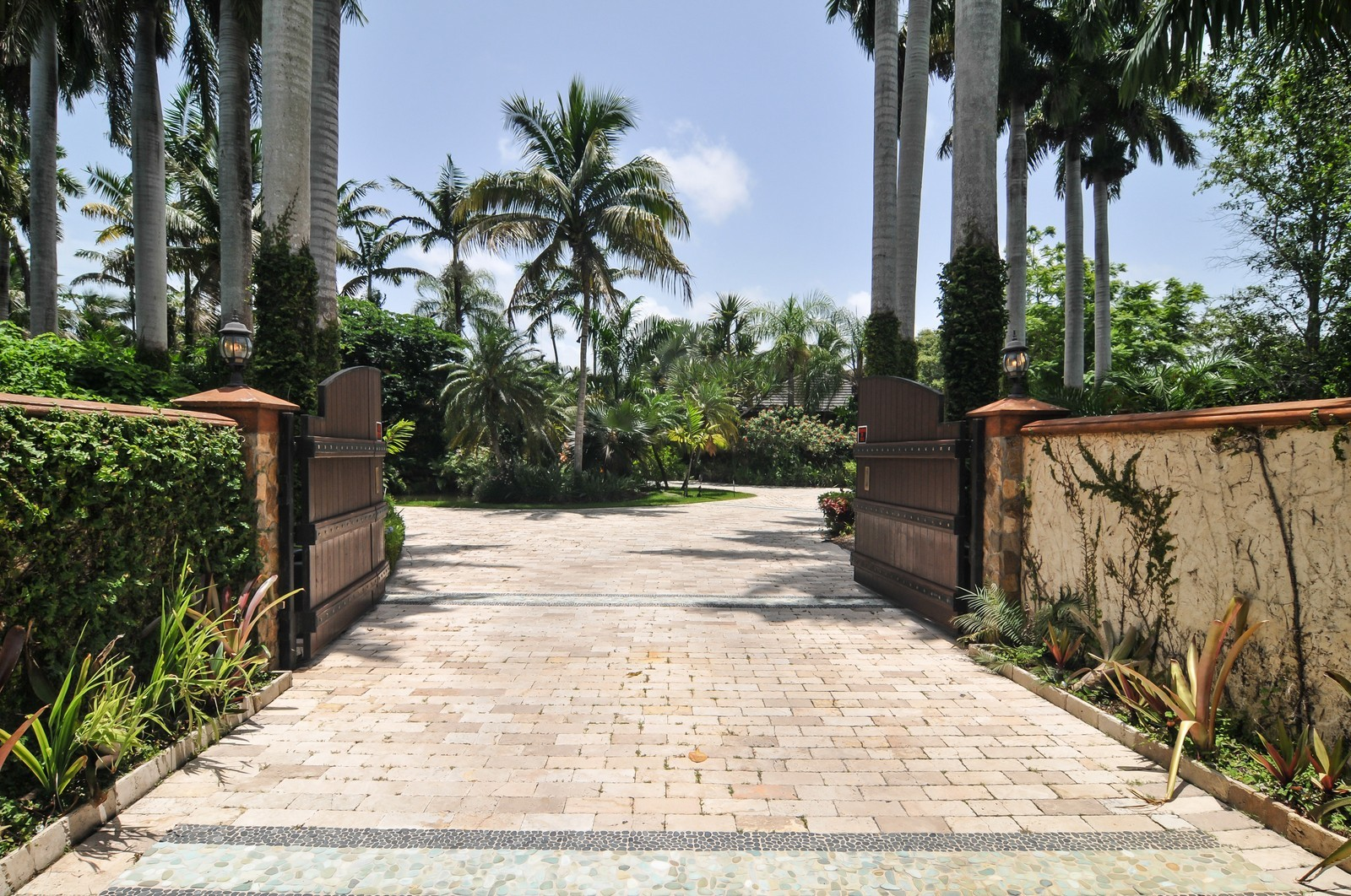 Real Estate Photography - 14200 Farmer Rd, Palmetto Bay, FL, 33158 - Private Gated Entry Way