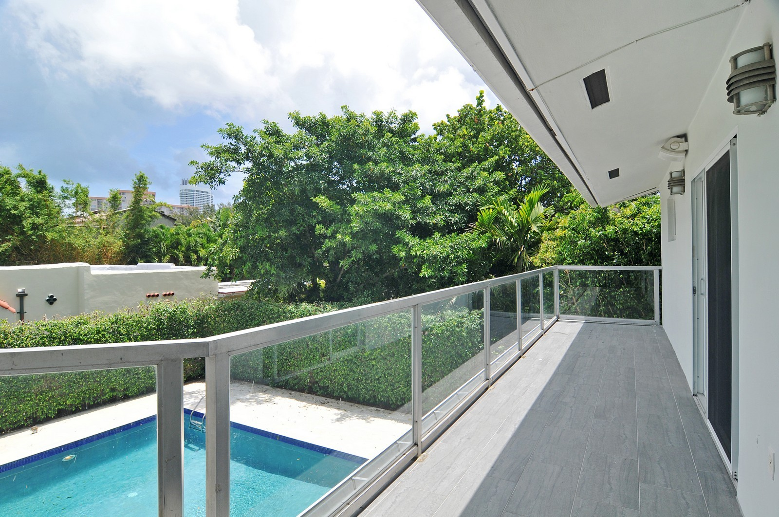 Real Estate Photography - 3711 Sheridan Ave, Miami Beach, FL, 33140 - Balcony