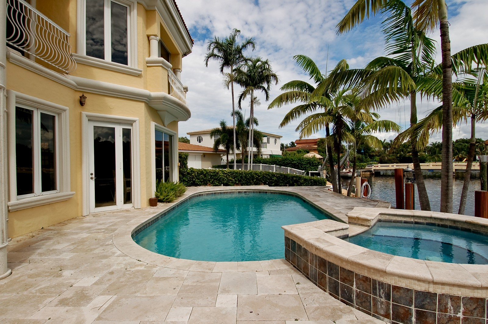 Real Estate Photography - 2325 NE 28th Ct, Lighthouse Point, FL, 33064 - Pool