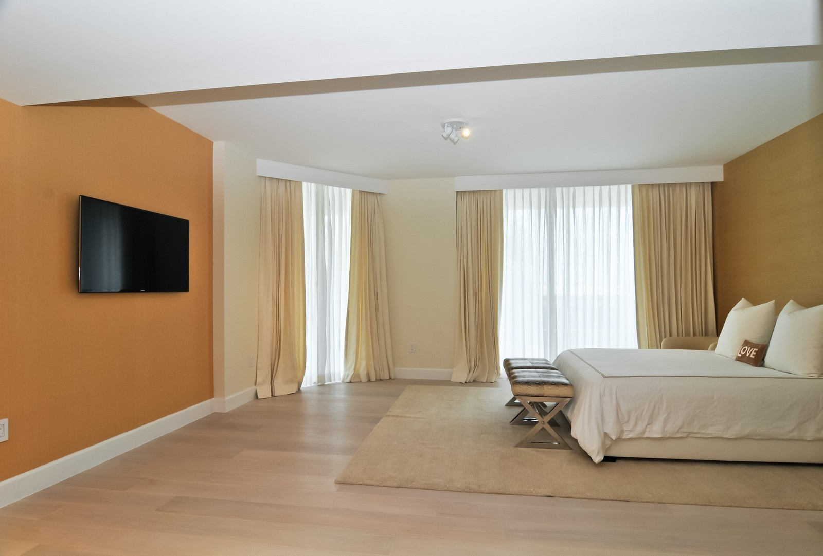 Real Estate Photography - 5801 Collins Ave, Unit 500, Miami Beach, FL, 33140 - Master Bedroom