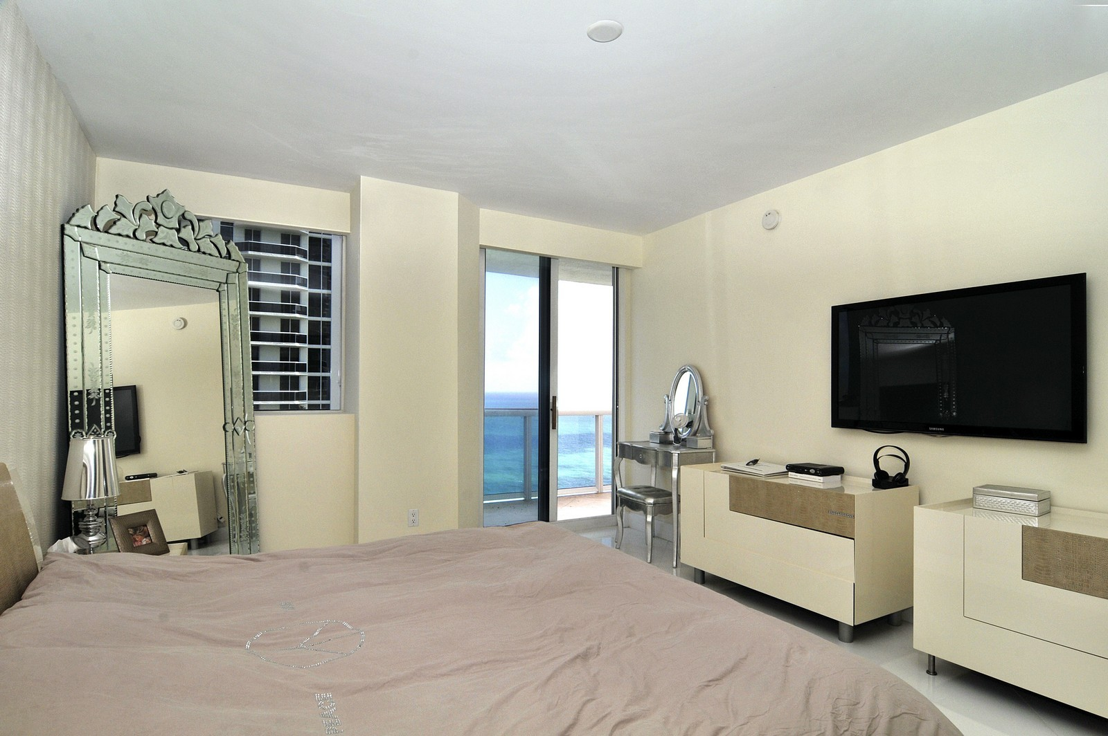 Real Estate Photography - 4775 Collins Avenue, 3401, Miami Beach, FL, 33140 - Master Bedroom