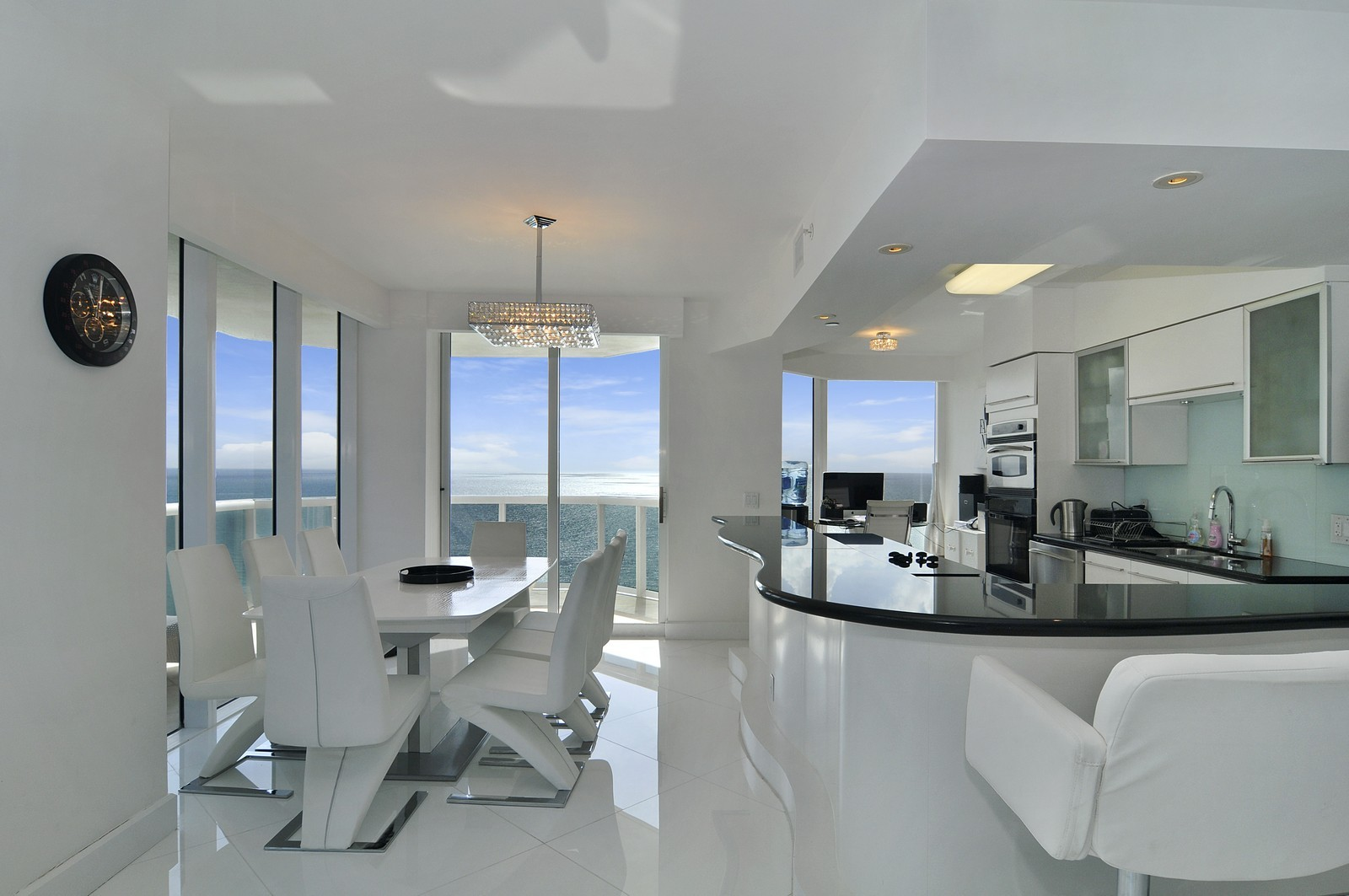Real Estate Photography - 4775 Collins Avenue, 3401, Miami Beach, FL, 33140 - Kitchen / Dining Room