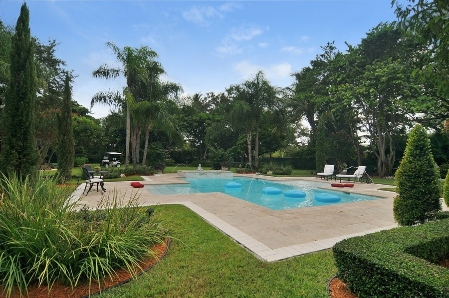 Real Estate Photography - 5978 Miller Rd, South Miami, FL, 33155 - Pool
