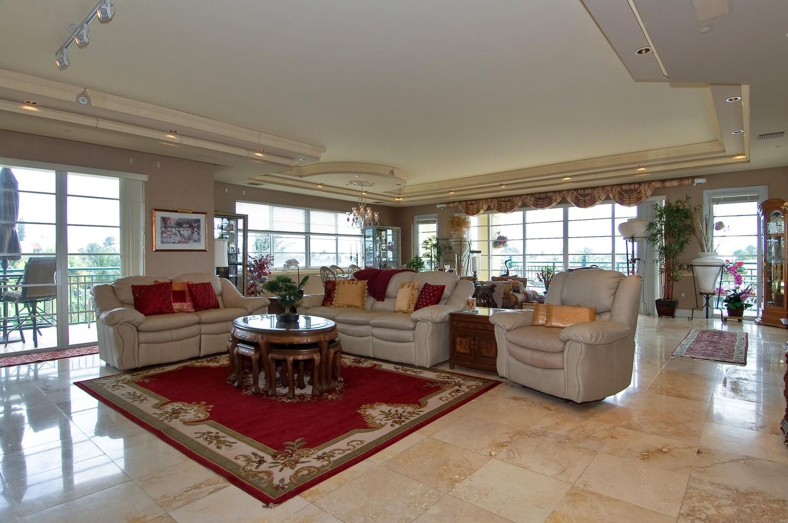 Real Estate Photography - 1230 Hillsboro Mile, Hillsboro Beach, FL, 33062 - Living Room / Dining Room