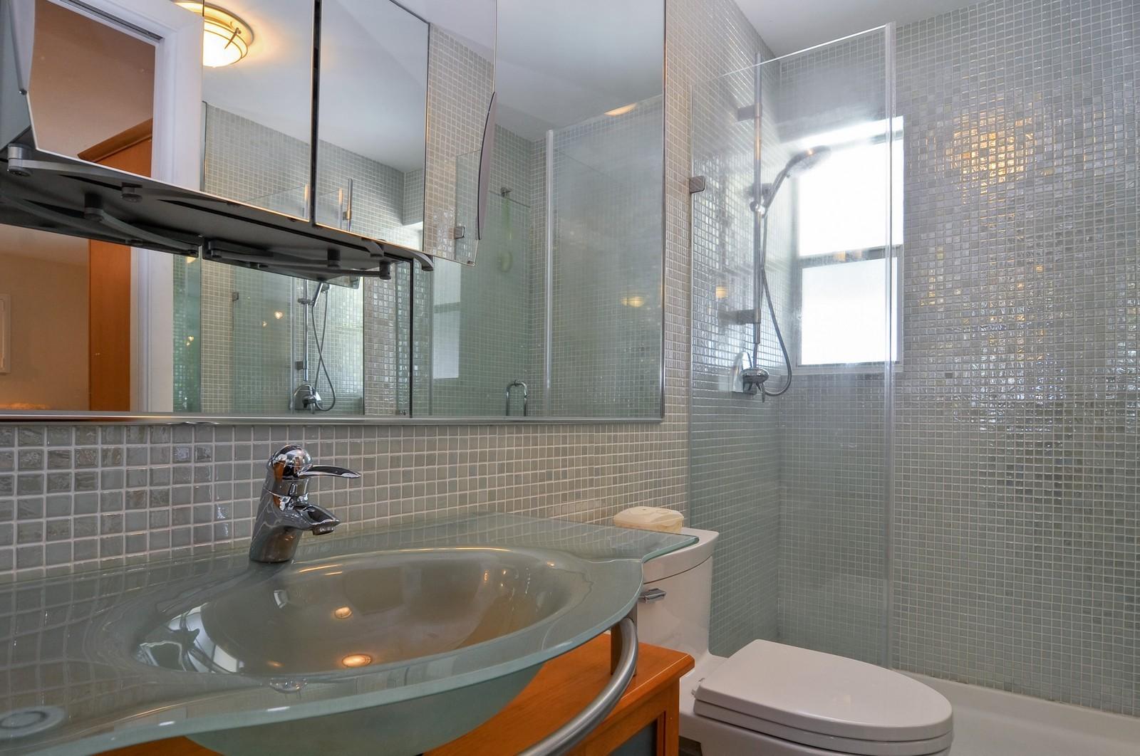 Real Estate Photography - 2010 NE 121st Rd, Miami, FL, 33181 - Master Bathroom