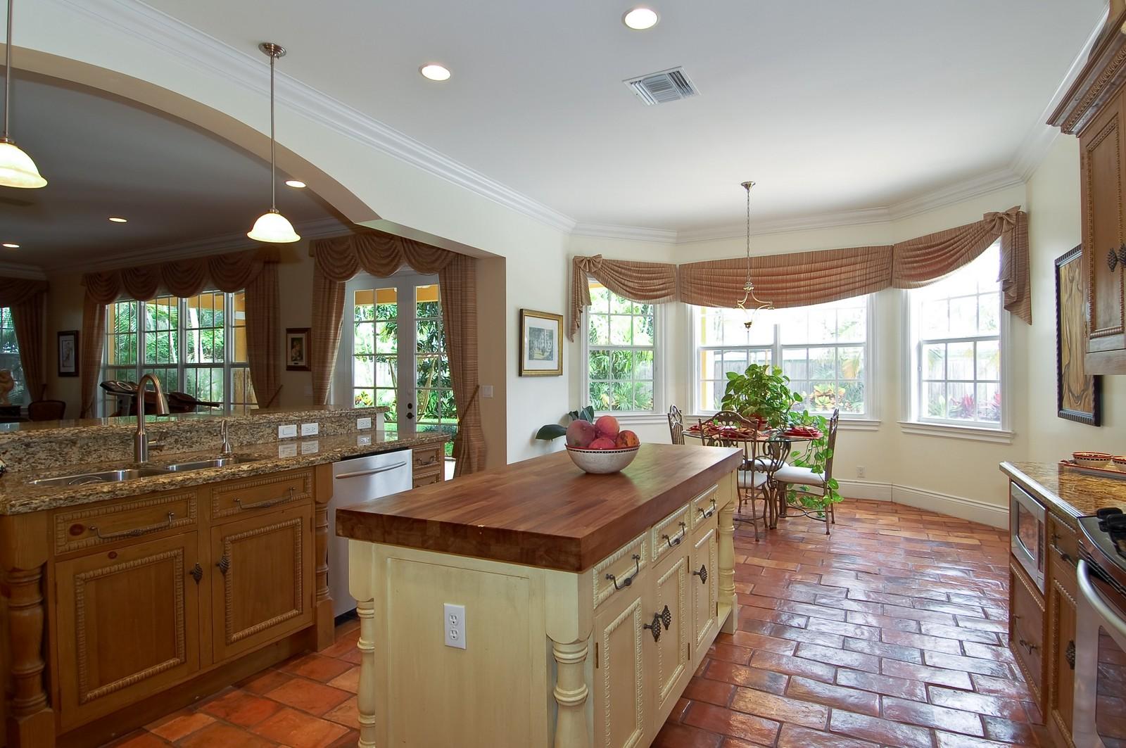 Real Estate Photography - 355 NE 3rd Ct, Boca Raton, FL, 33432 - Kitchen / Breakfast Room
