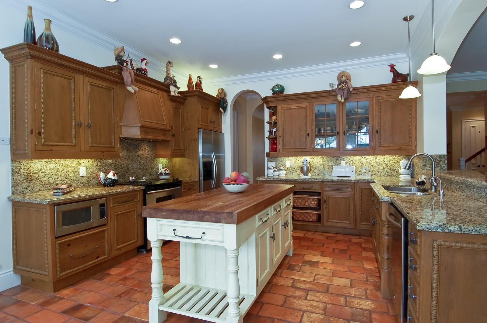 Real Estate Photography - 355 NE 3rd Ct, Boca Raton, FL, 33432 - Kitchen
