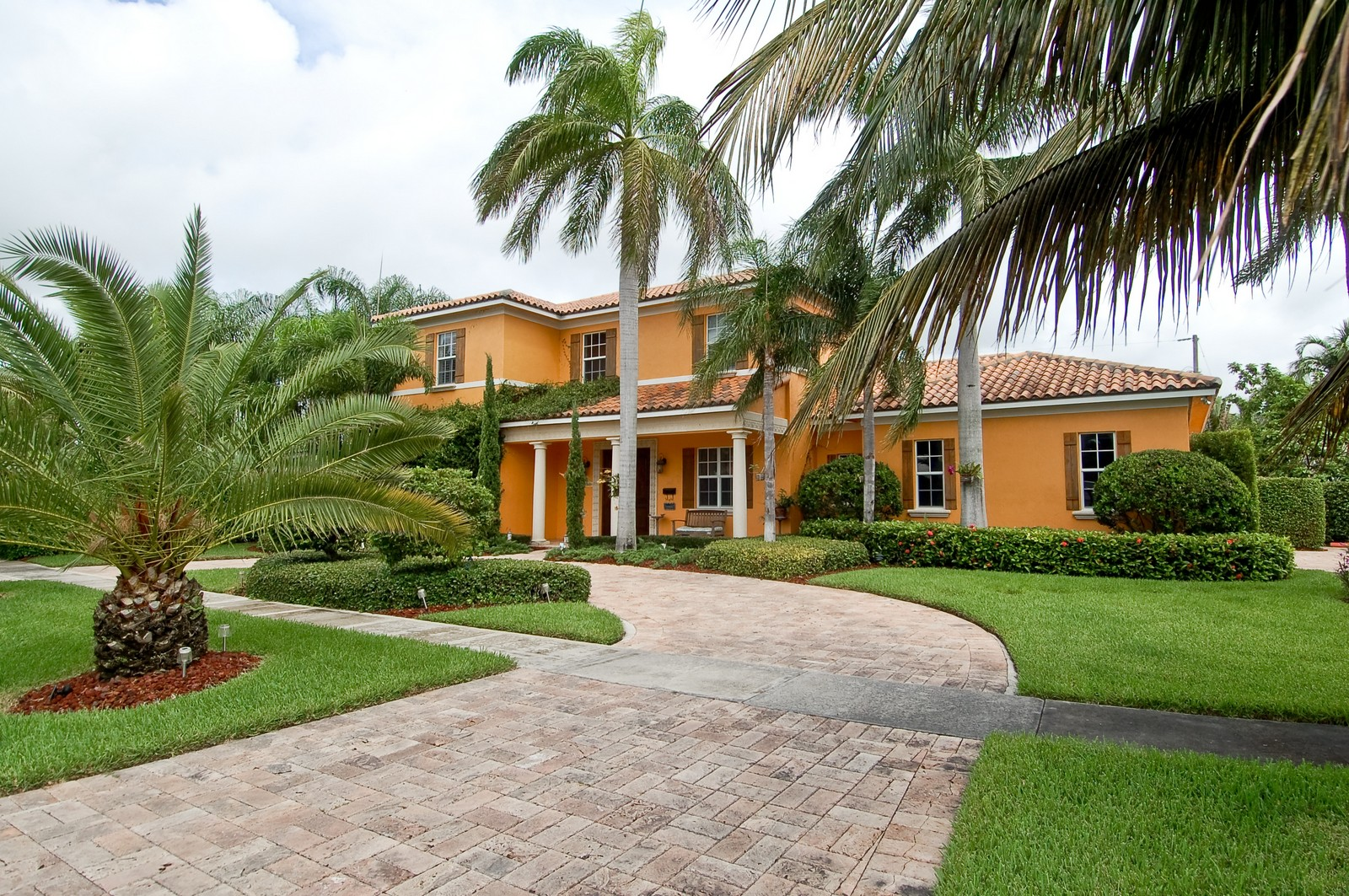 Real Estate Photography - 355 NE 3rd Ct, Boca Raton, FL, 33432 - Front View
