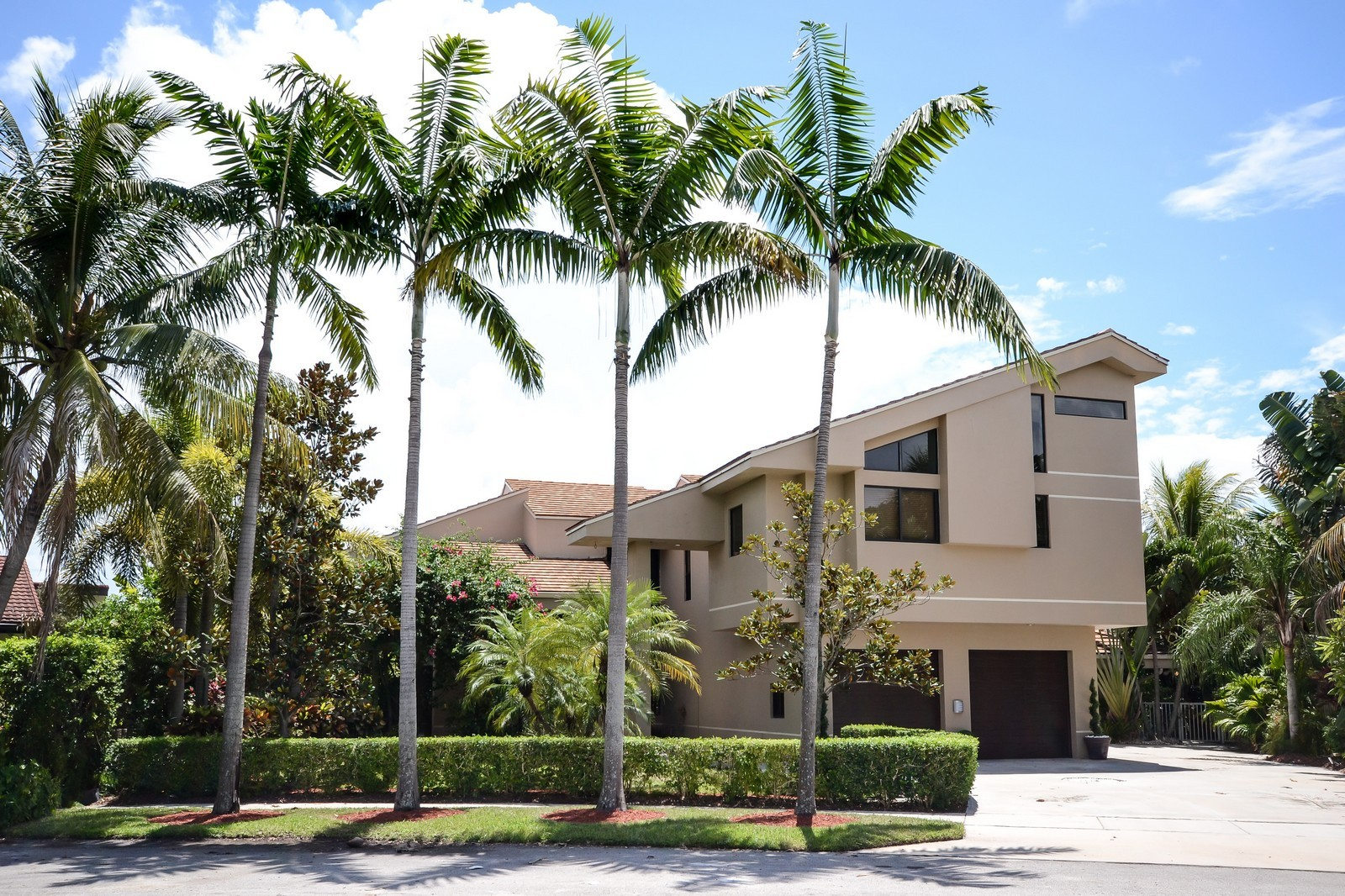 Real Estate Photography - 610 Carriage Hill Ln, Boca Raton, FL, 33486 - Front View