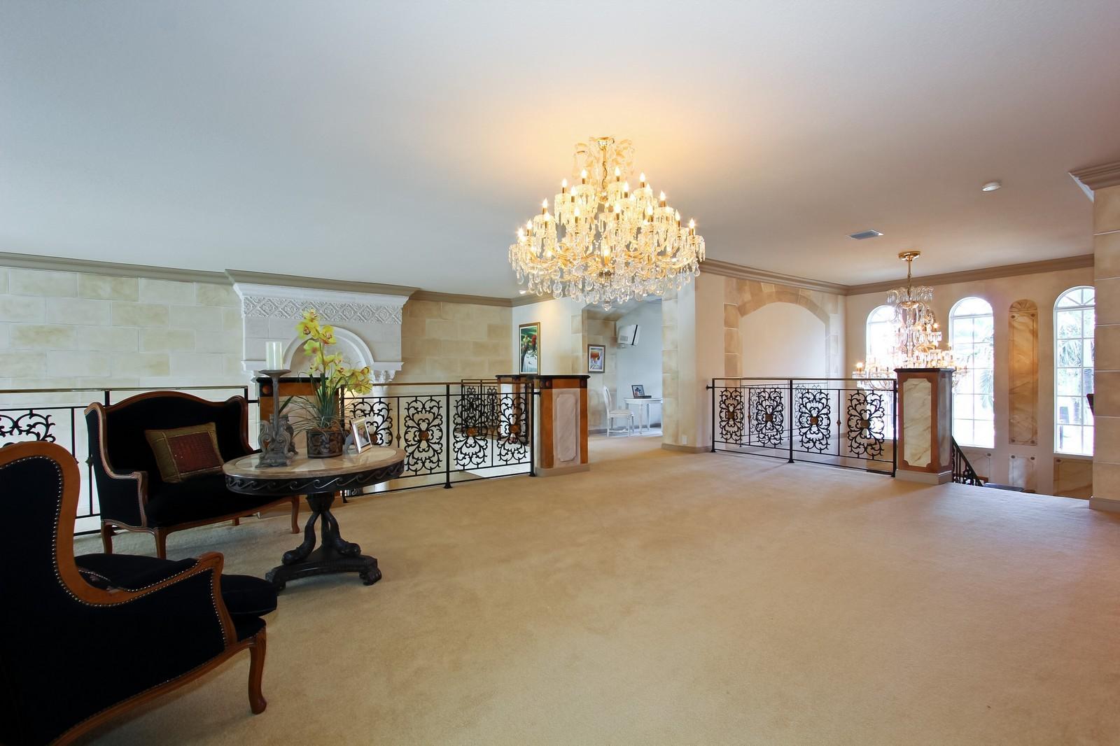 Real Estate Photography - 7015 Ayrshire Ln, Boca Raton, FL, 33496 - Loft