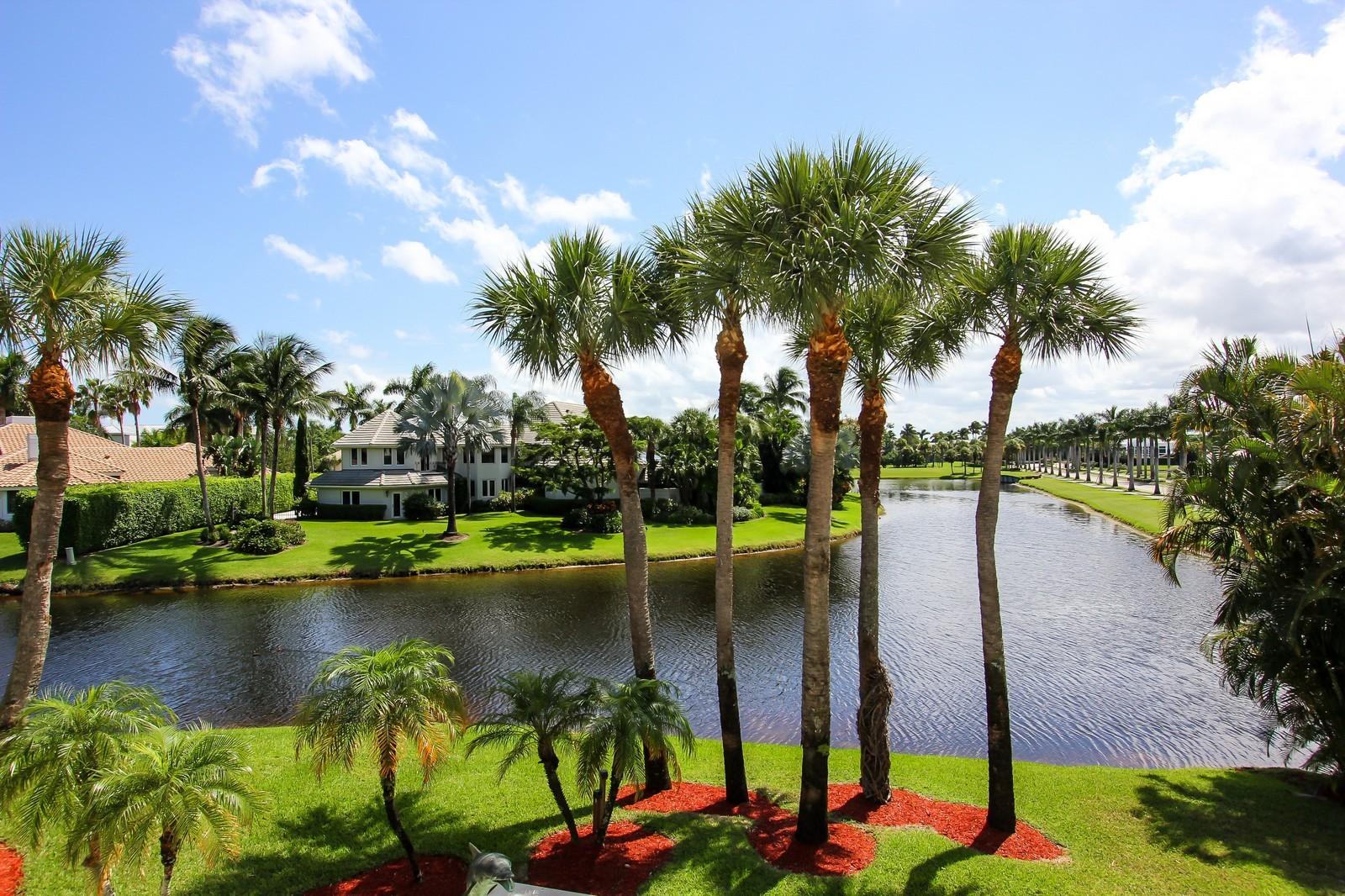 Real Estate Photography - 7015 Ayrshire Ln, Boca Raton, FL, 33496 - Lake View