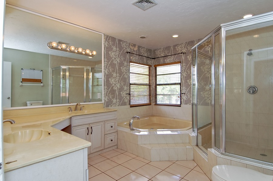 Real Estate Photography - 1903 Bay Dr, Pompano Beach, FL, 33062 - Master Bathroom