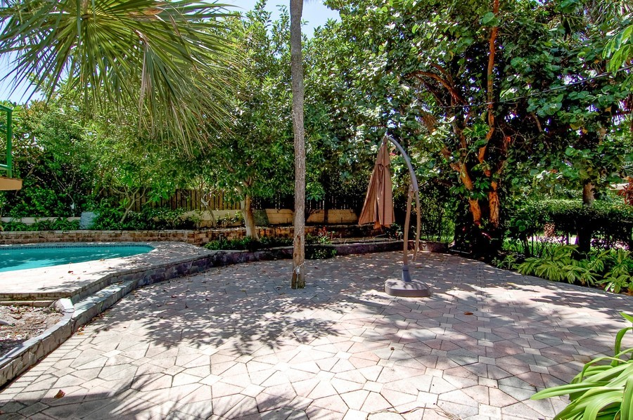 Real Estate Photography - 1903 Bay Dr, Pompano Beach, FL, 33062 - Patio