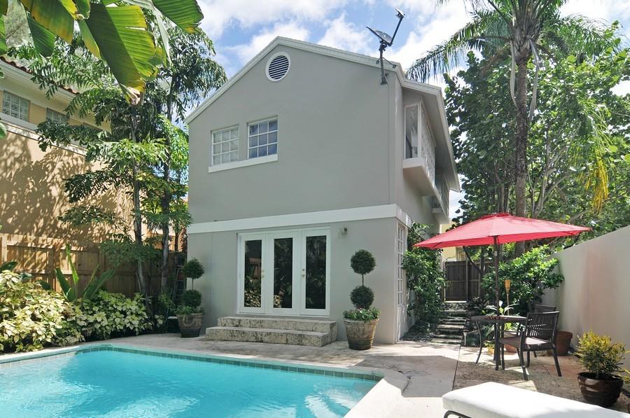 Real Estate Photography - 3015 Orange St, Miami, FL, 33133 - Back Yard