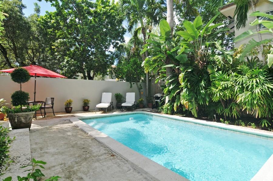 Real Estate Photography - 3015 Orange St, Miami, FL, 33133 - Pool