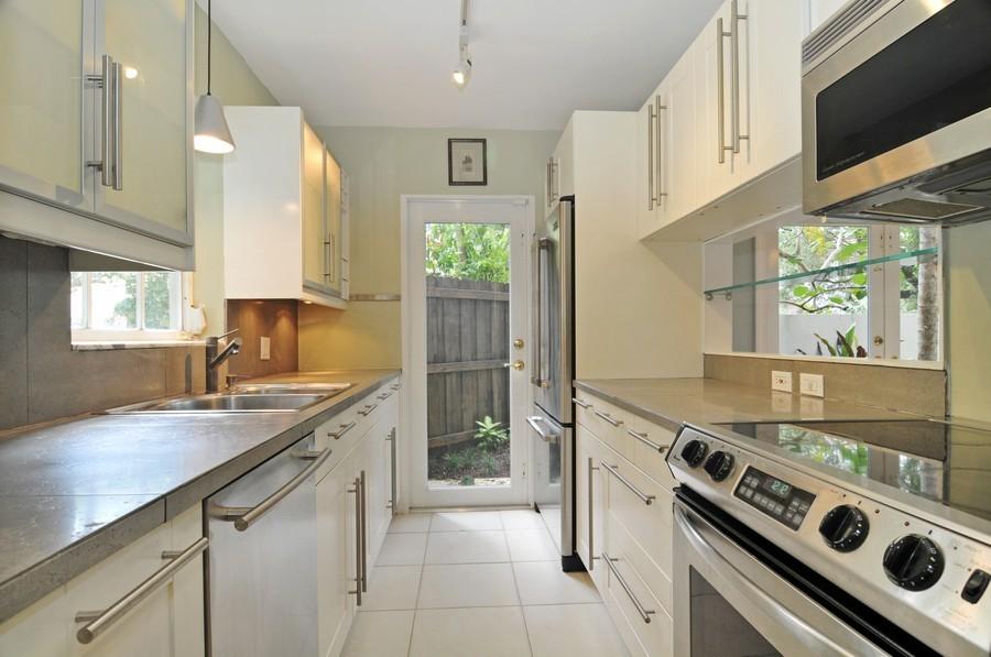 Real Estate Photography - 3015 Orange St, Miami, FL, 33133 - Kitchen