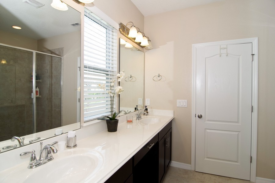 Real Estate Photography - 12766 Garridan Ave, Windermere, FL, 34786 - Master Bathroom