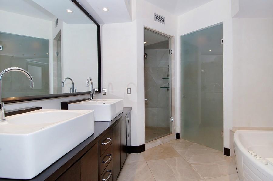 Real Estate Photography - 1000 S Pointe Drive, #2802, Miami Beach, FL, 33139 - Master Bathroom