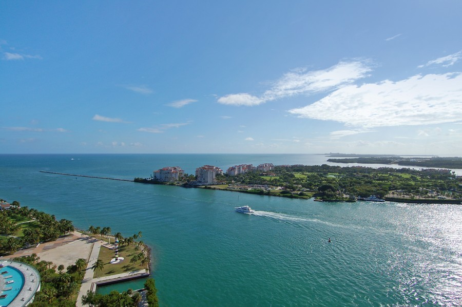 Real Estate Photography - 1000 S Pointe Drive, #2802, Miami Beach, FL, 33139 - View