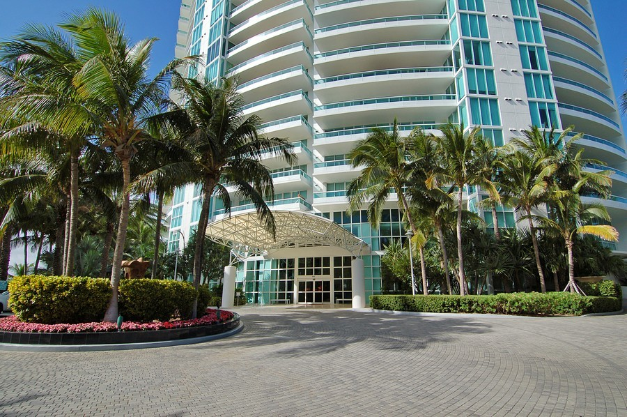 Real Estate Photography - 1000 S Pointe Drive, #2802, Miami Beach, FL, 33139 - Entrance