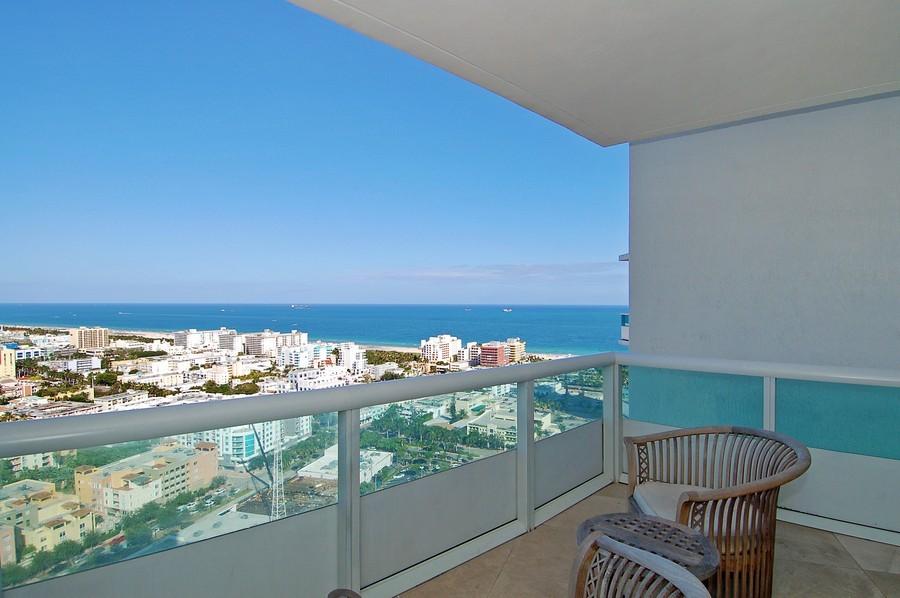 Real Estate Photography - 1000 S Pointe Drive, #2802, Miami Beach, FL, 33139 - Sunrise Terrace