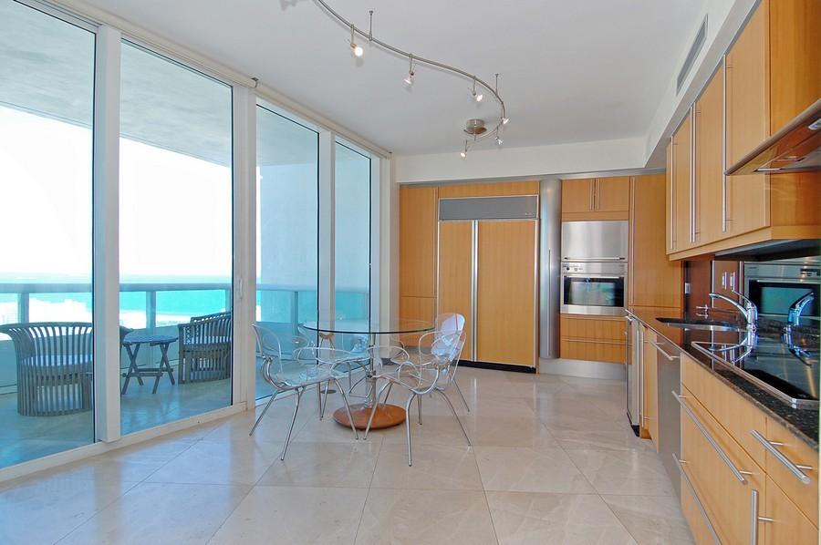 Real Estate Photography - 1000 S Pointe Drive, #2802, Miami Beach, FL, 33139 - Kitchen