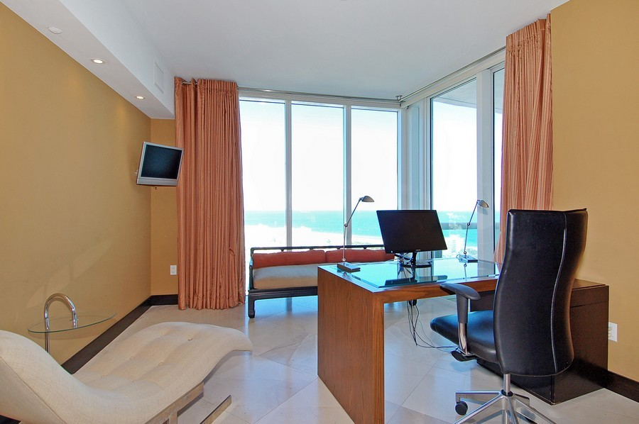 Real Estate Photography - 1000 S Pointe Drive, #2802, Miami Beach, FL, 33139 - Office/Bedroom