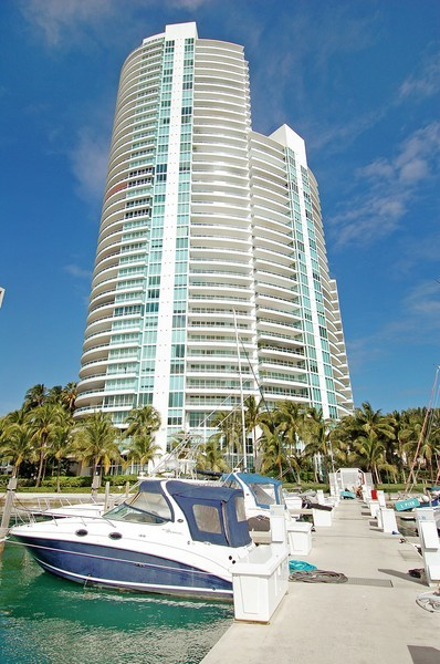 Real Estate Photography - 1000 S Pointe Drive, #2802, Miami Beach, FL, 33139 - Front View