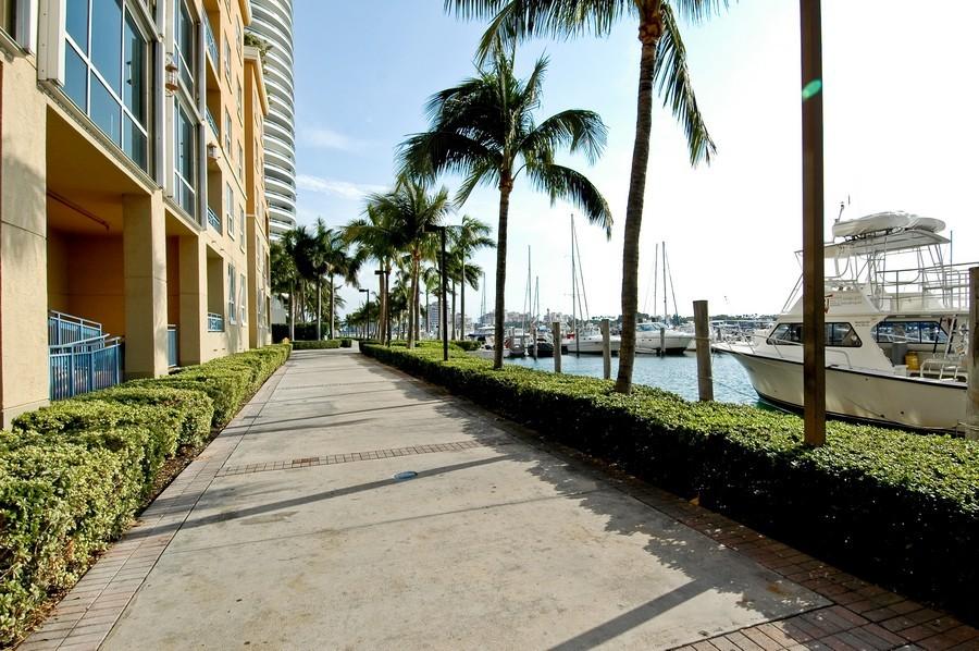 Real Estate Photography - 1000 S Pointe Drive, #2802, Miami Beach, FL, 33139 - Marina Walk