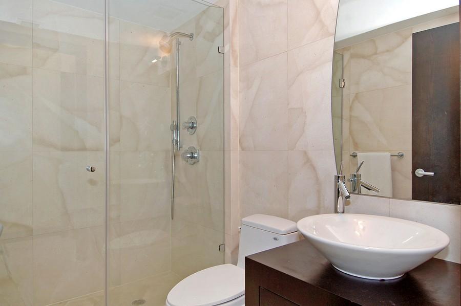 Real Estate Photography - 1000 S Pointe Drive, #2802, Miami Beach, FL, 33139 - Bathroom