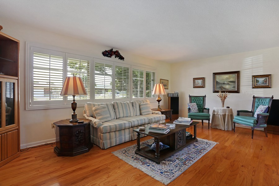 Real Estate Photography - 109 23rd St, Belleair Beach, FL, 33786 - Living Room