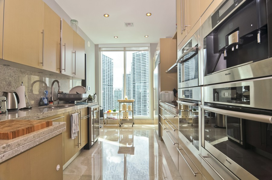 Real Estate Photography - 900 Brickell Key Blvd, Apt 3004, Miami, FL, 33131 - Kitchen