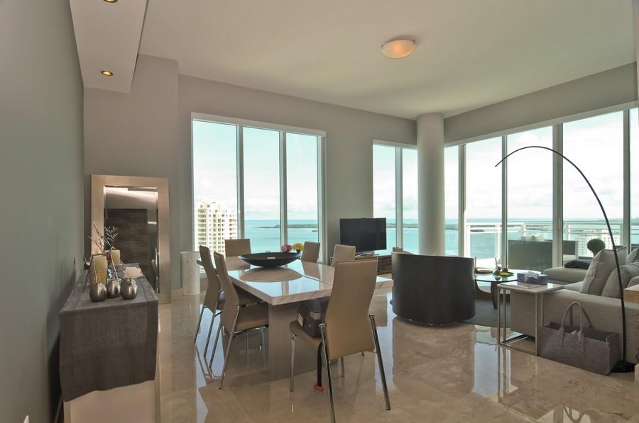 Real Estate Photography - 900 Brickell Key Blvd, Apt 3004, Miami, FL, 33131 - Living Room / Dining Room