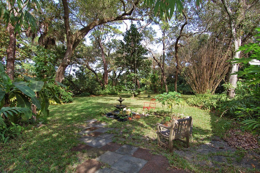 Real Estate Photography - 1549 SW 30 Pl, Ft Laud, FL, 33315 - Back Yard