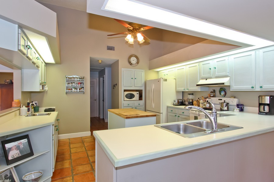 Real Estate Photography - 108 Olympus Way, Jupiter, FL, 33477 - Kitchen