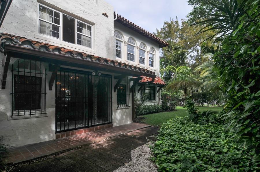 Real Estate Photography - 4174 Alton Rd, Miami Beach, FL, 33140 - Terrace 2