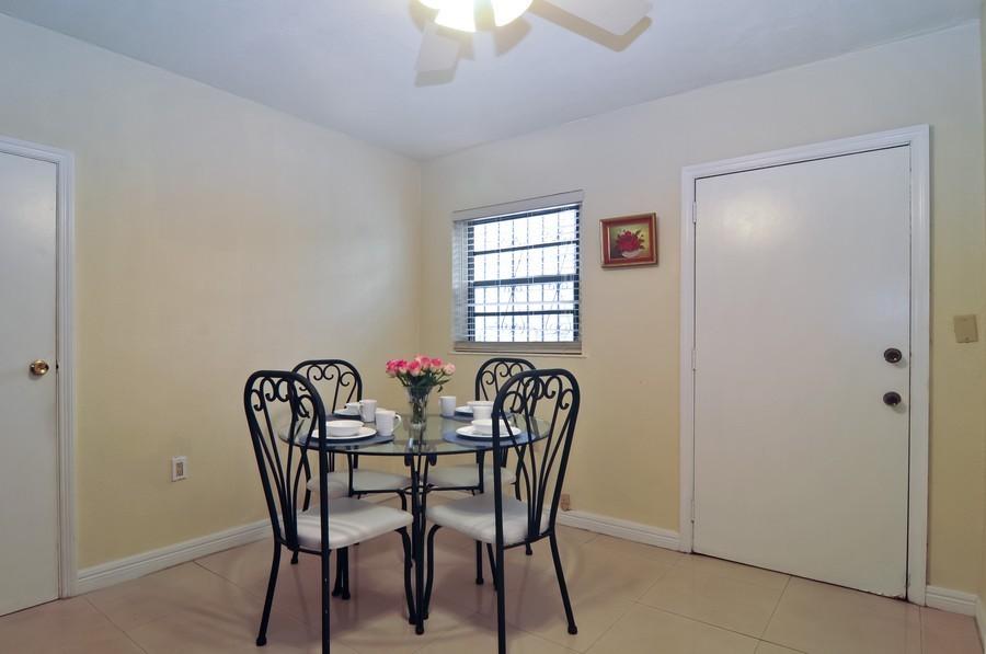 Real Estate Photography - 4174 Alton Rd, Miami Beach, FL, 33140 - Breakfast Room